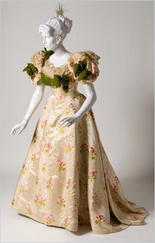 Ballgown by House of Worth, 1895 Paris, the Bruce Museum