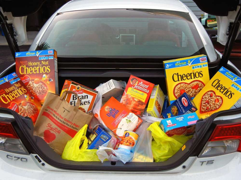 Fill the Trunk with Donated Goods Trunk or Treat IDEA