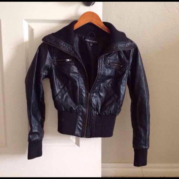 c4c5de9ff ☃ Leather bomber jacket Faux leather in great condition! Ambiance ...