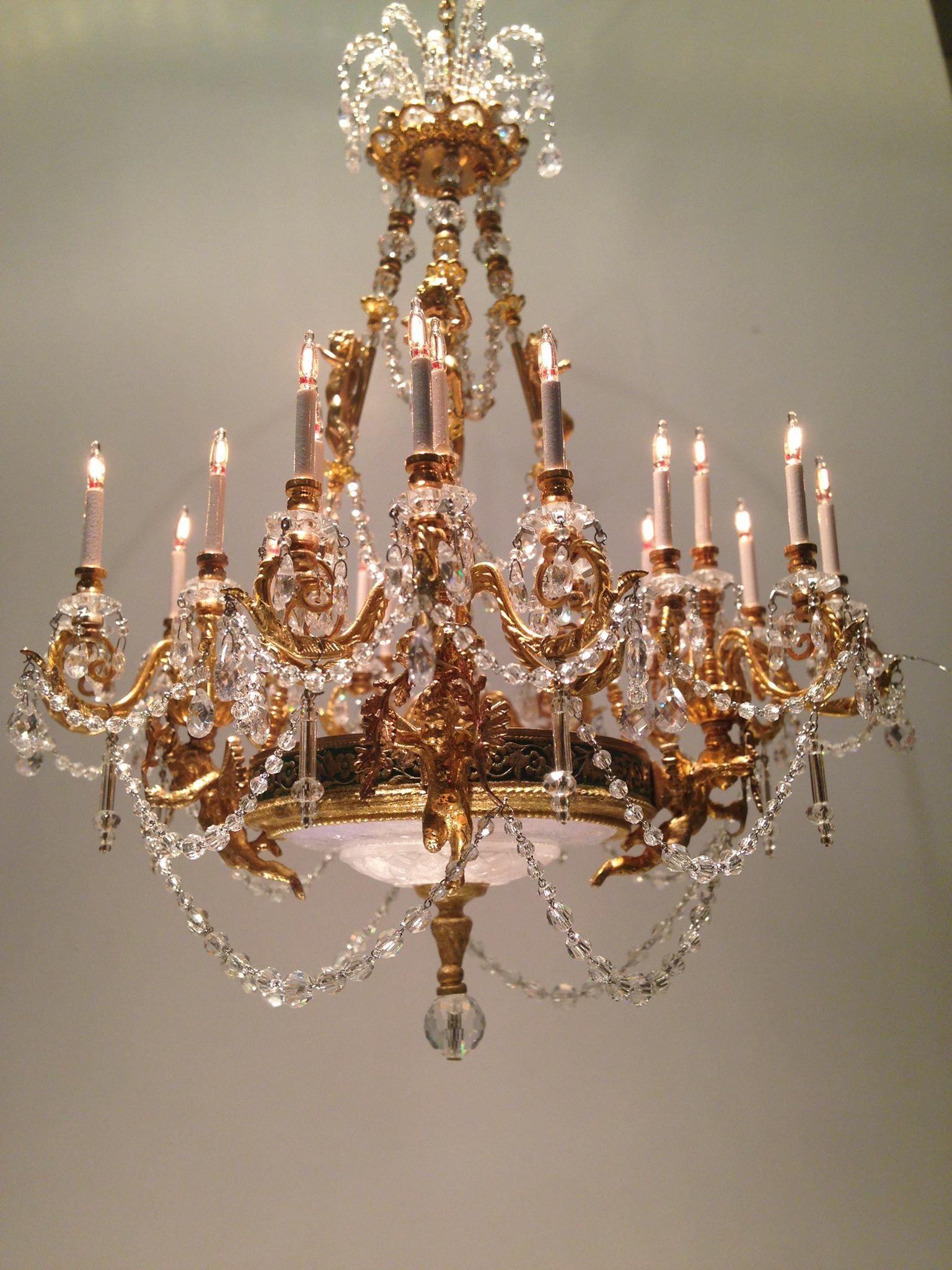 Frank crescente proyecto casita pinterest chandeliers and frank crescente arubaitofo Choice Image