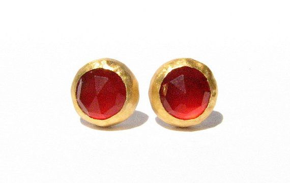 Hey, I found this really awesome Etsy listing at https://www.etsy.com/listing/110226469/rose-cut-carnelian-gold-studs-earrings