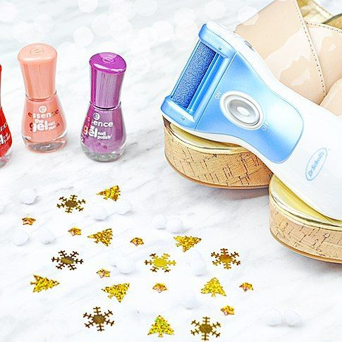 A fabulous pedicure anytime I need one? I'm in heaven thanks to the new @drschollsexpedi! Review is #ontheblog today
