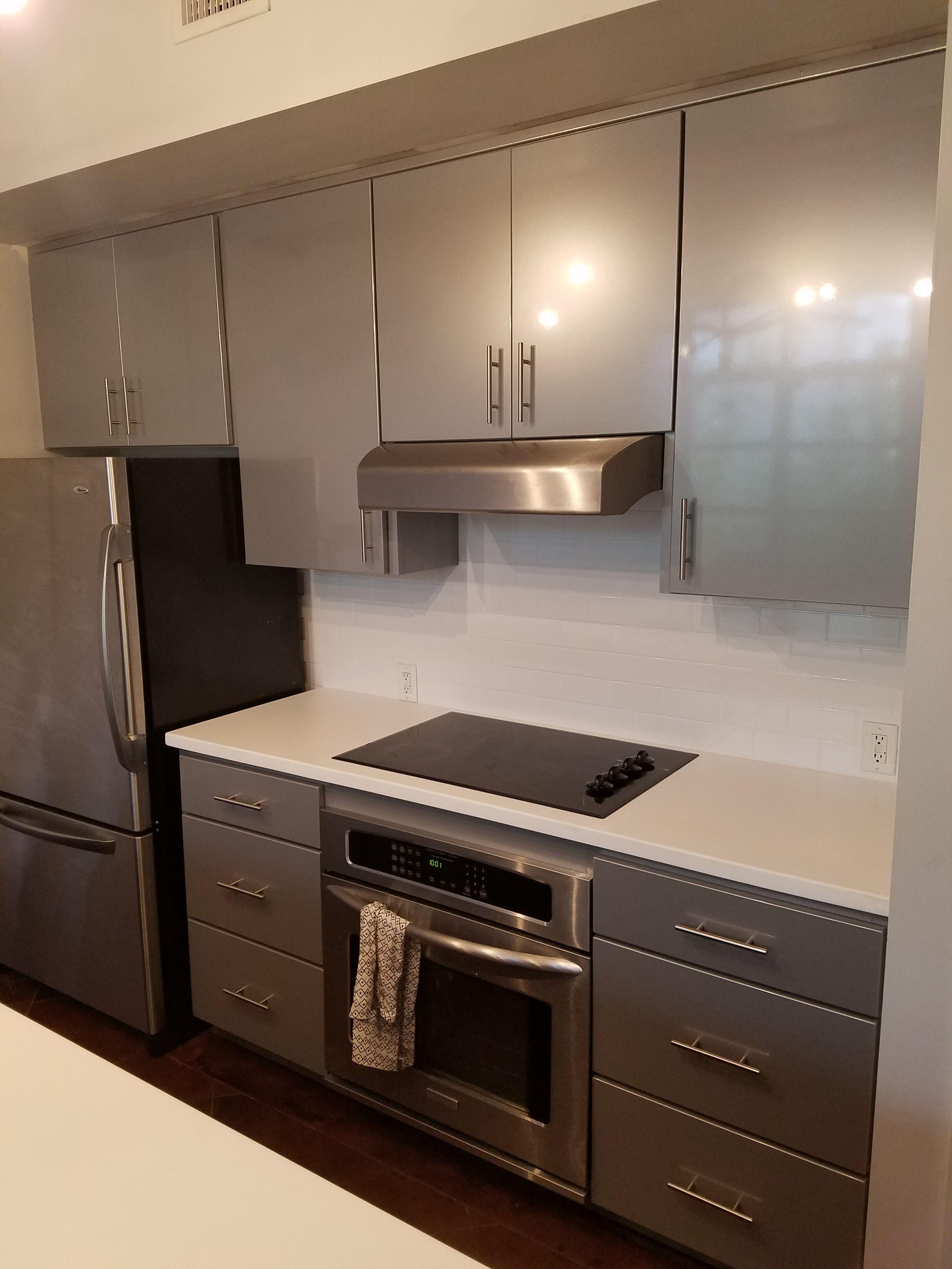 Kitchen Tune Up Savannah Brunswick Refacing Em 2020 Cozinha