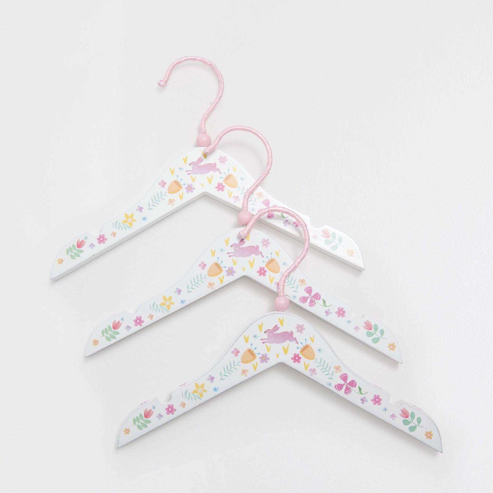 Zara Home Kleiderbügel mit Blumen (3er-Pack)   Cute things my ...
