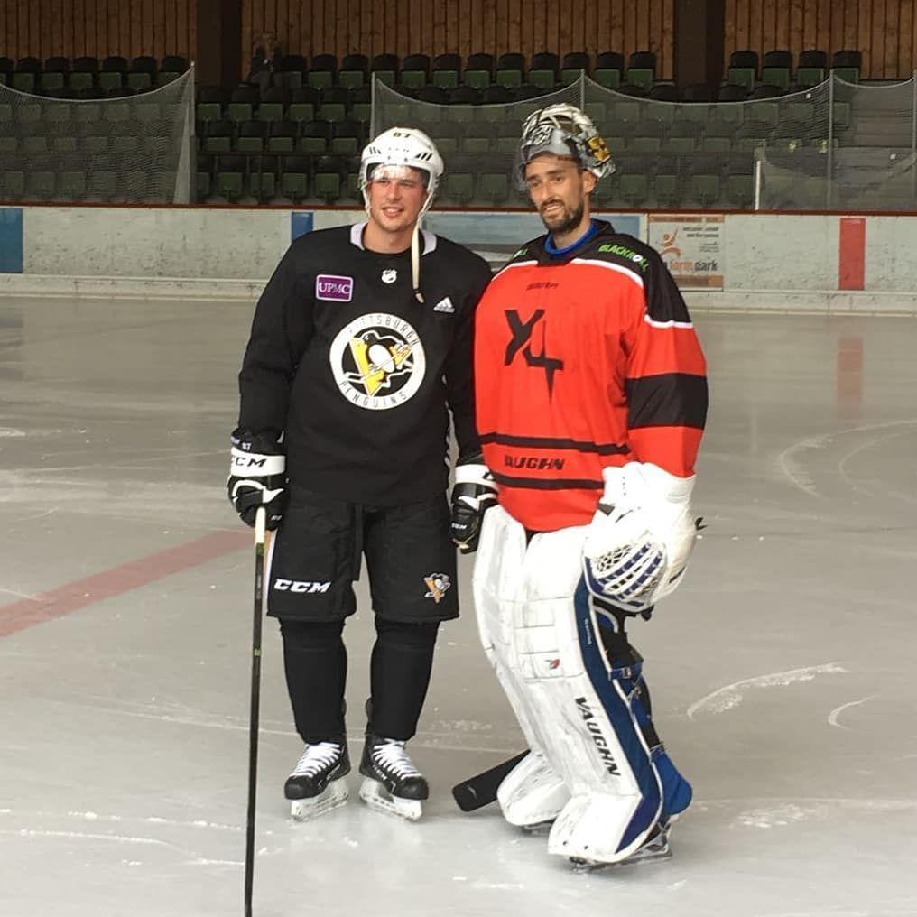 Dennisendras44 Meets Sidney Crosby Heute Erreichte Uns Eine Mehr Als Aussergewohnliche Nachricht Wahrend Dennis Aufenthalts Eishockey Eishockeyspieler Hockey