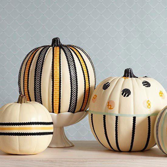 30 Creative and Inspiring Halloween Decorating Ideas - halloween indoor decorating ideas