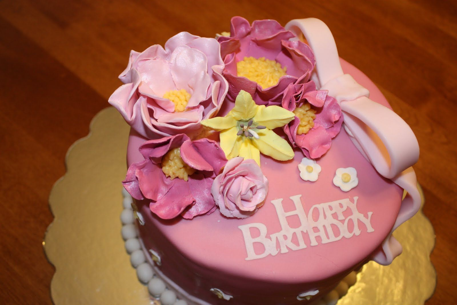 Birthday Cake And Flowers Birthday Greeting Pinterest Cake