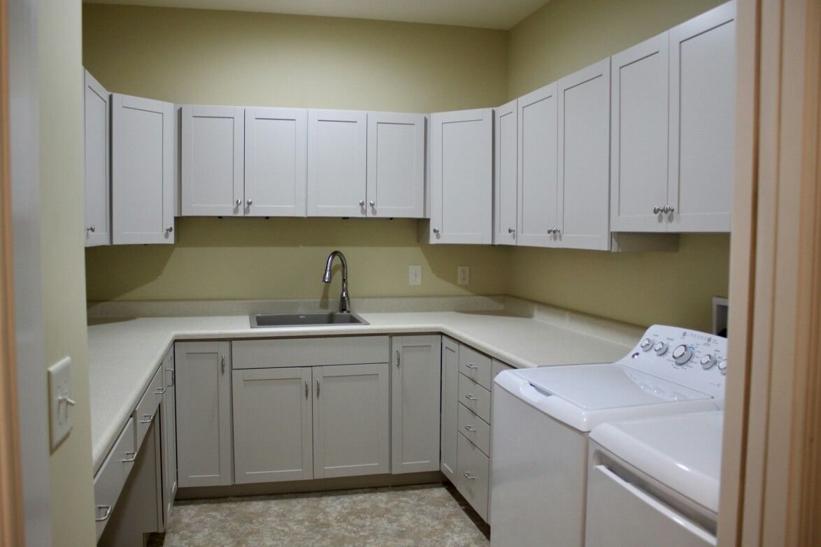 Laundry cabinets aristokraft brellin purestyle glacier for Bathroom cabinets knoxville tn