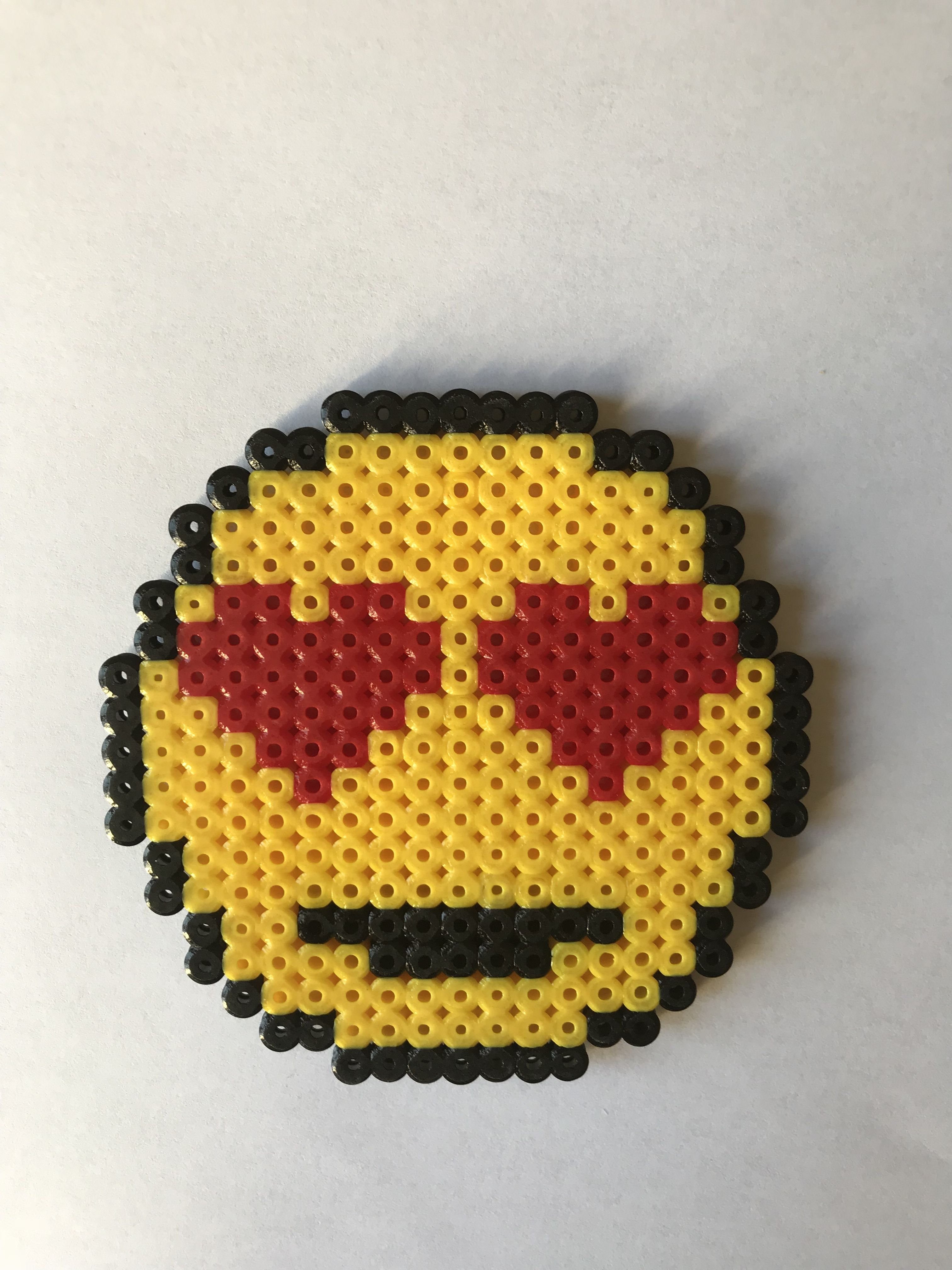 Dessous de verre emoji amoureux pixel art pixel art - Minion amoureux ...