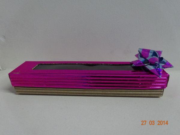 Usa el cartón corrugado para elaborar todo tipo de cajas y empaques para tus regalos. #ManualidadesArmenia #CajasDeCartonPereira