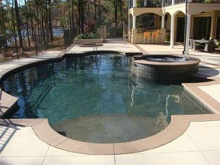 Pool pool pool httphomerepairexpertdo it yourself pool view the master pools guild gallery of traditional geometric residential pools and spas build the pool of your dreams with a master pools guild member solutioingenieria Gallery