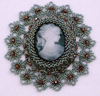 Брошки с камеями | biser.info - всё о бисере и бисерном творчестве