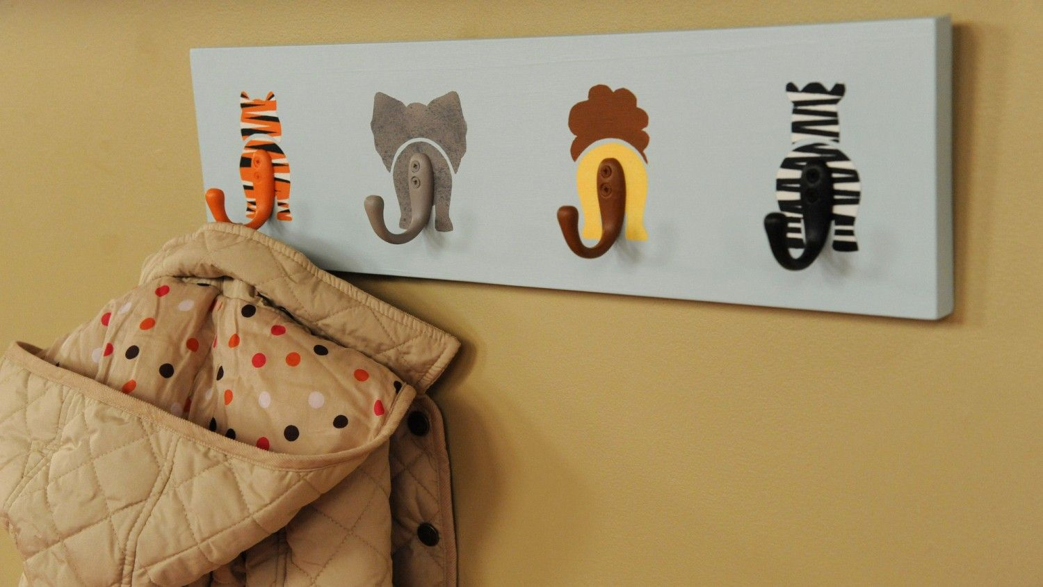 Decorate A Baby S Nursery With This Wildly Adorable Coat Rack Seen On The Martha Show To Add Texture Like Fur Your Creatures