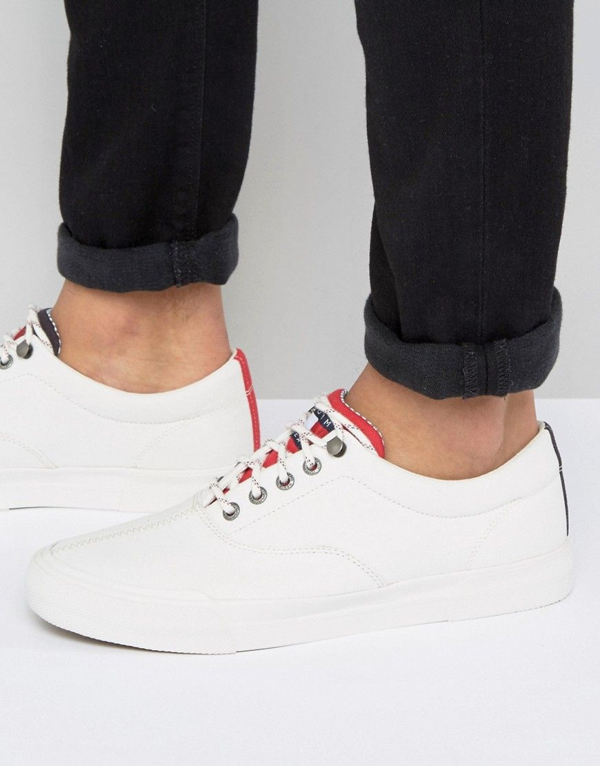071ff9d72e4de TOMMY JEANS TOMMY HILFIGER JEANS YARMOUTH SNEAKERS CANVAS IN WHITE - WHITE.   tommyjeans
