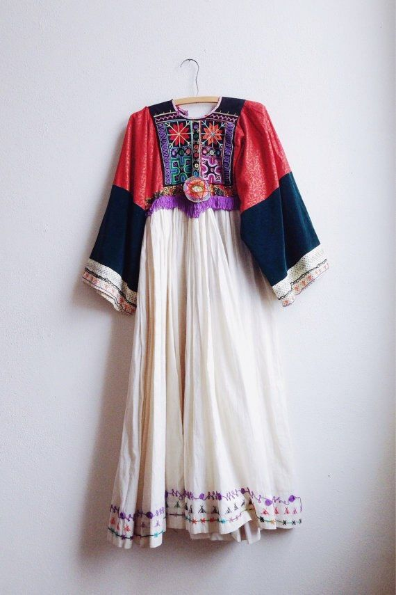 b648c5b60c Vintage Afghani Dress   Handmade Kuchi cotton dress by waltongoods ...