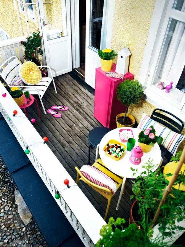 balkon holz boden farben bunt reich ideen design angenehm | balkon, Gartengerate ideen
