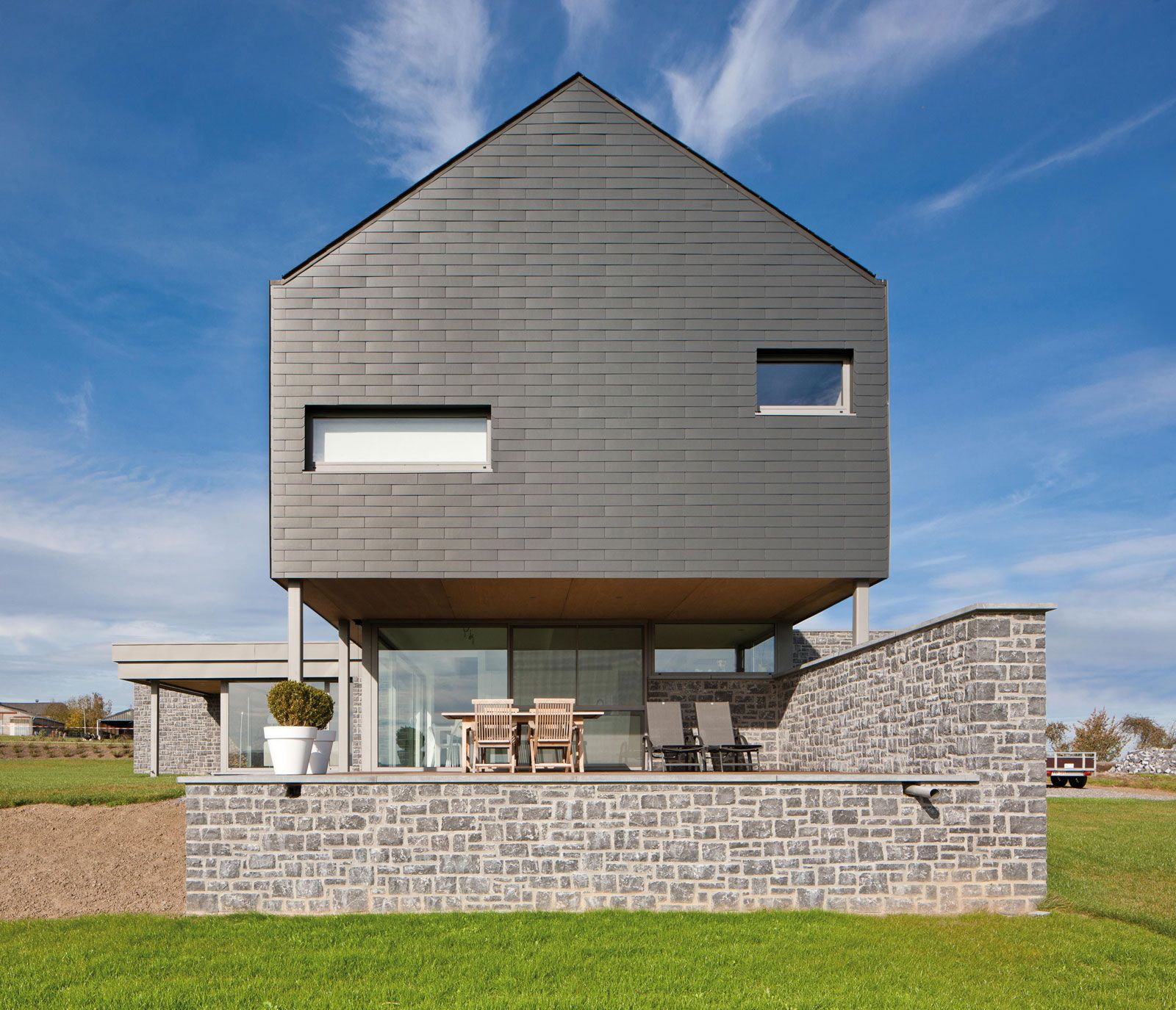 Pin By Anna W On Little House In 2020 Facade House Fibre Cement Cladding Cladding