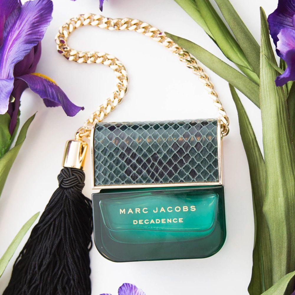 Ma Dahlia Noir Perfume Oil: 7 Warm-Smelling, Fall Fragrances Perfect For Cuffing