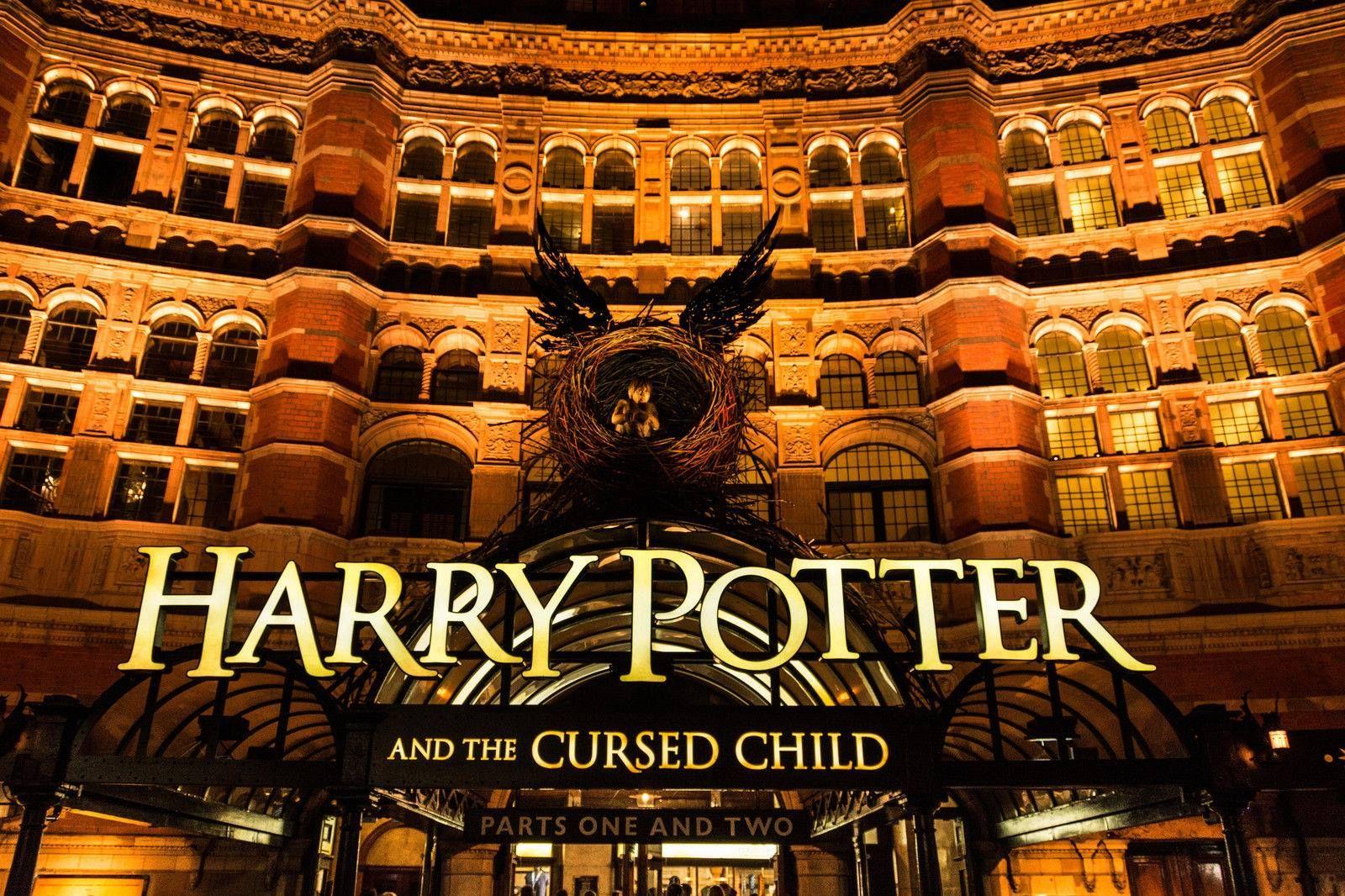Sera Que A Peca Harry Potter And The Cursed Child Esta Sendo Filmada Foram Reveladas Fotos Ontem No Instagram Que Mostram Harry Potter Cursed Child Harry