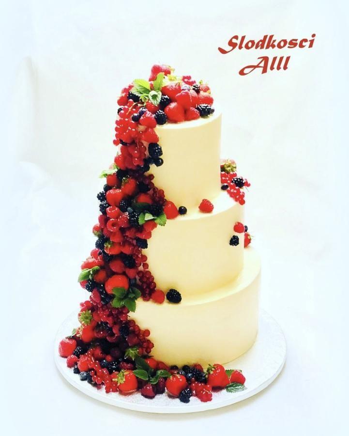 Strawberry Wedding Cake by Alll - http://cakesdecor.com/cakes/314834 ...