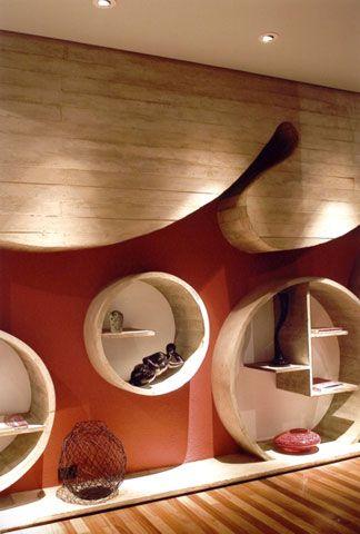 Ohtake, um dos 10 Maiores Nomes da Arquitetura Mundial. Veja mais no blog da Aldeia: http://bit.ly/J8vv4M