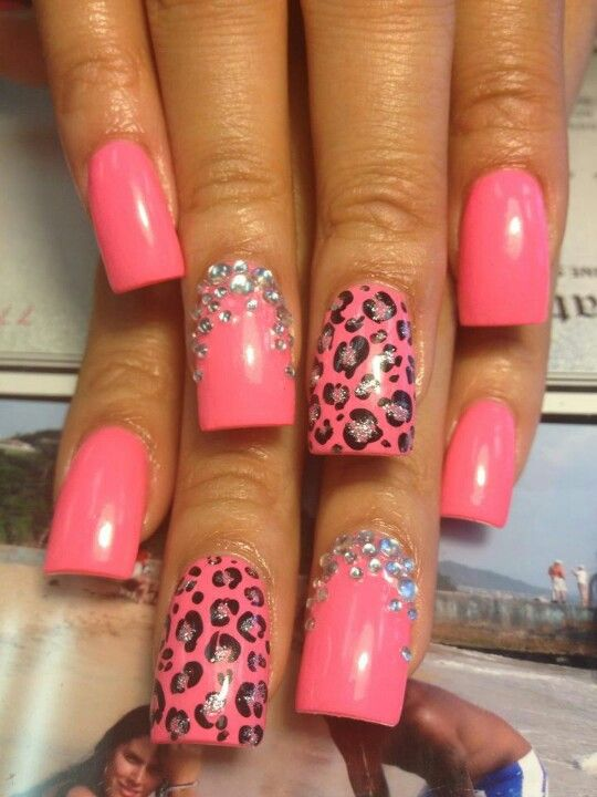 Super cute nails done at diva nails in clarksville tn nails pinterest diva nails hair - Diva nails and beauty ...