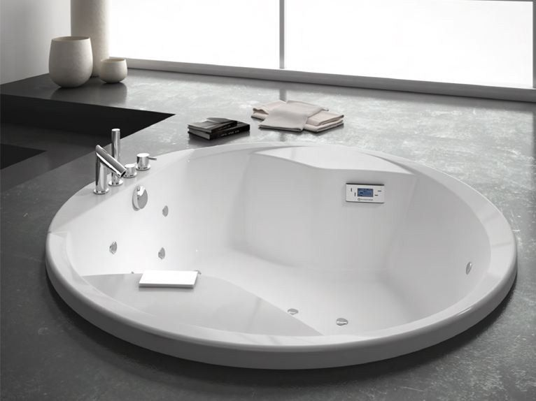 Built-in whirlpool round bathtub DUETTO by GRANDFORM | bath room ...