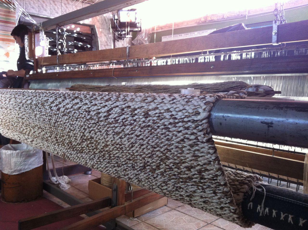 Tapete de sisal, chenille e algodão, trança