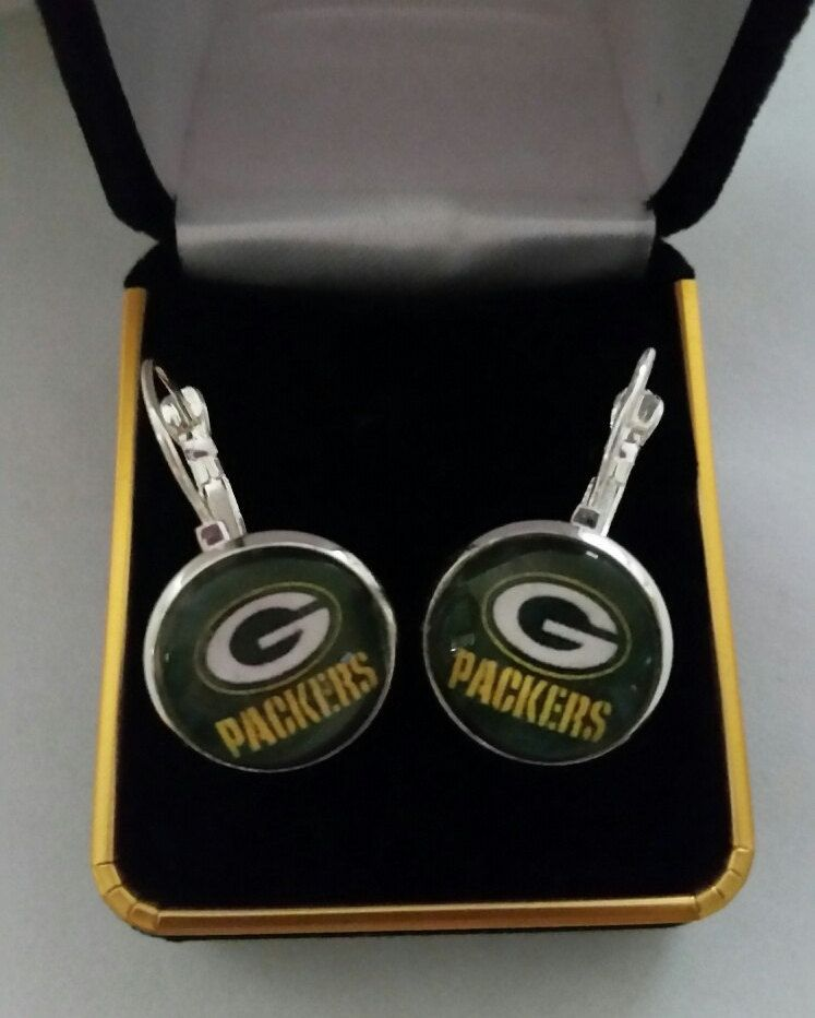 Green bay football earrings shiny silver 16 mm glass