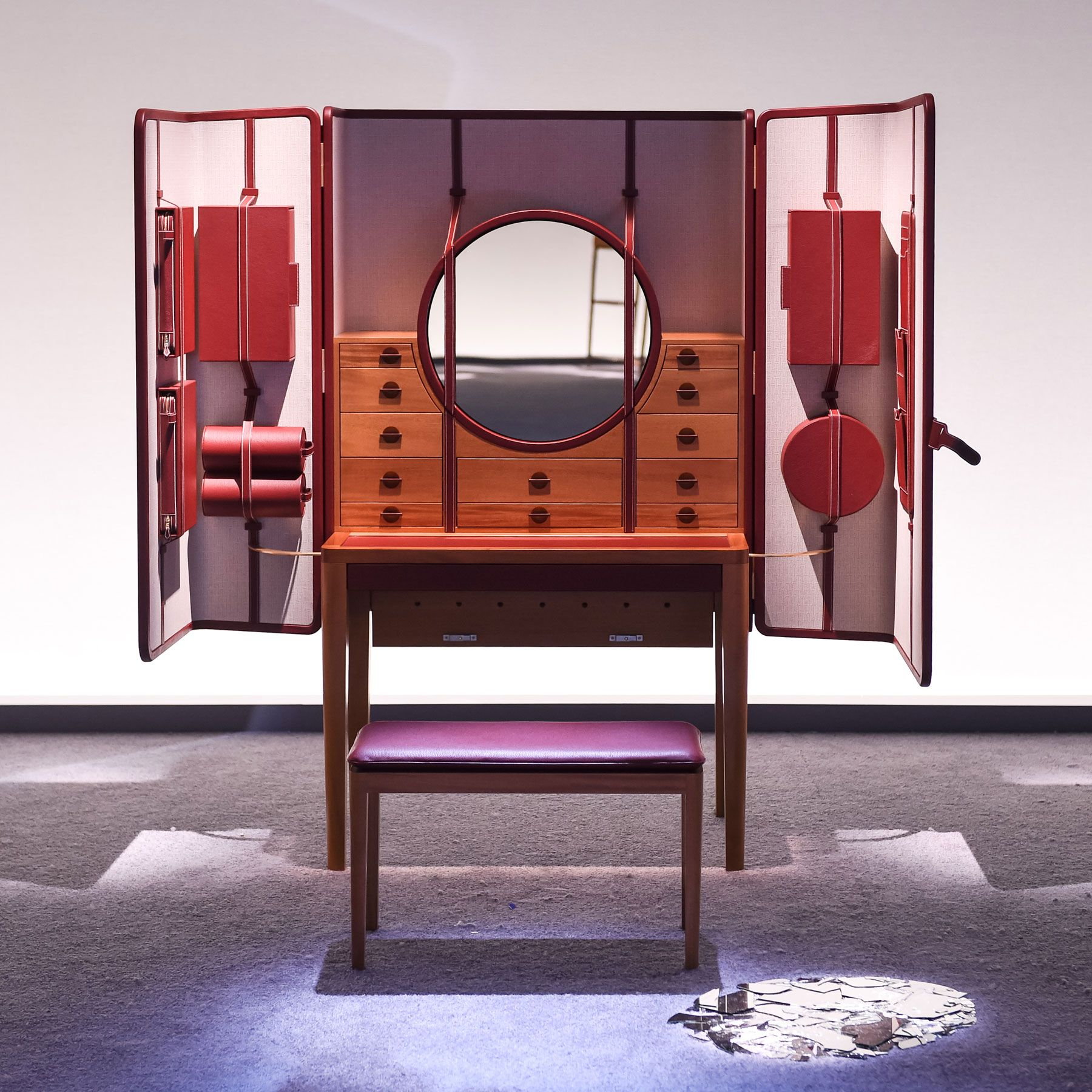 hermes-presents-here-elsewhere-installation-5