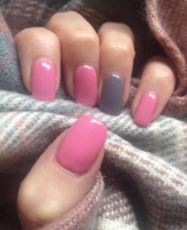 Bubble Gum Nail Art: Ink London Bubble Gum Pink Meets Concrete Alib