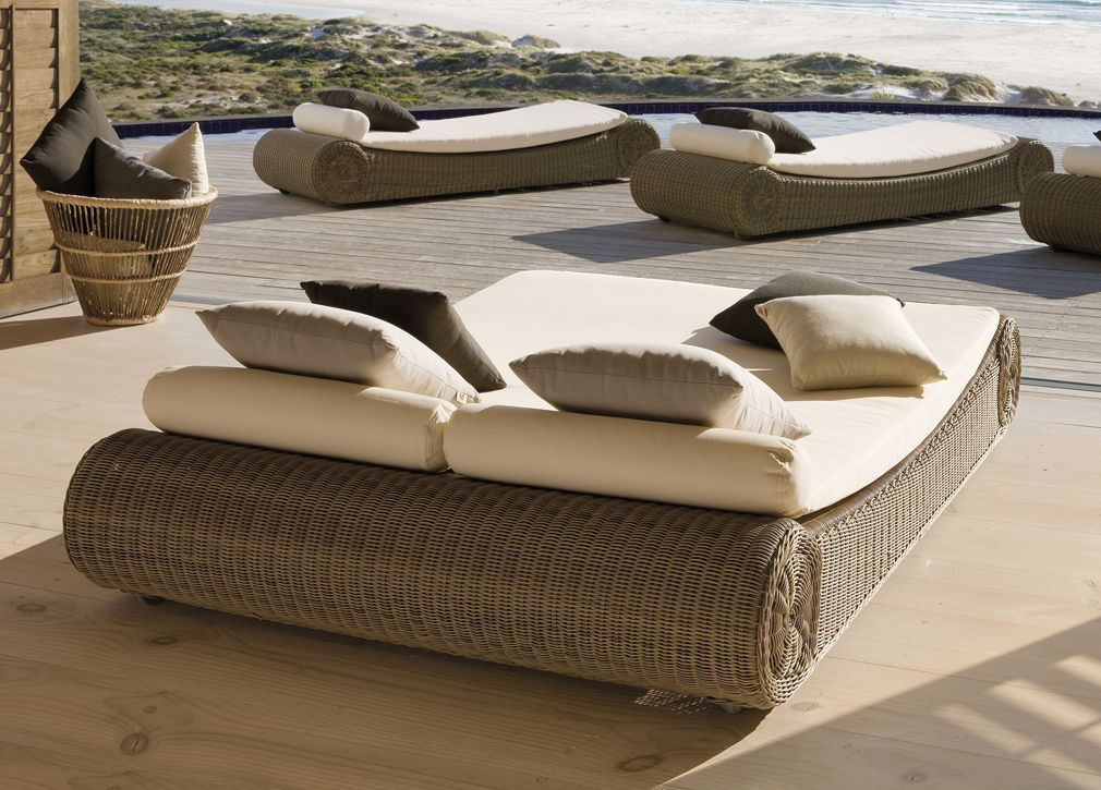 Outdoor Sun Beds Manutti Orlando Double Sun Bed Modern