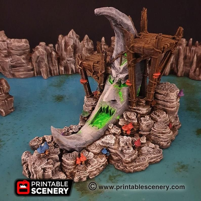 Clorehaven And The Goblin Grotto Moon Shrine 15mm 28mm