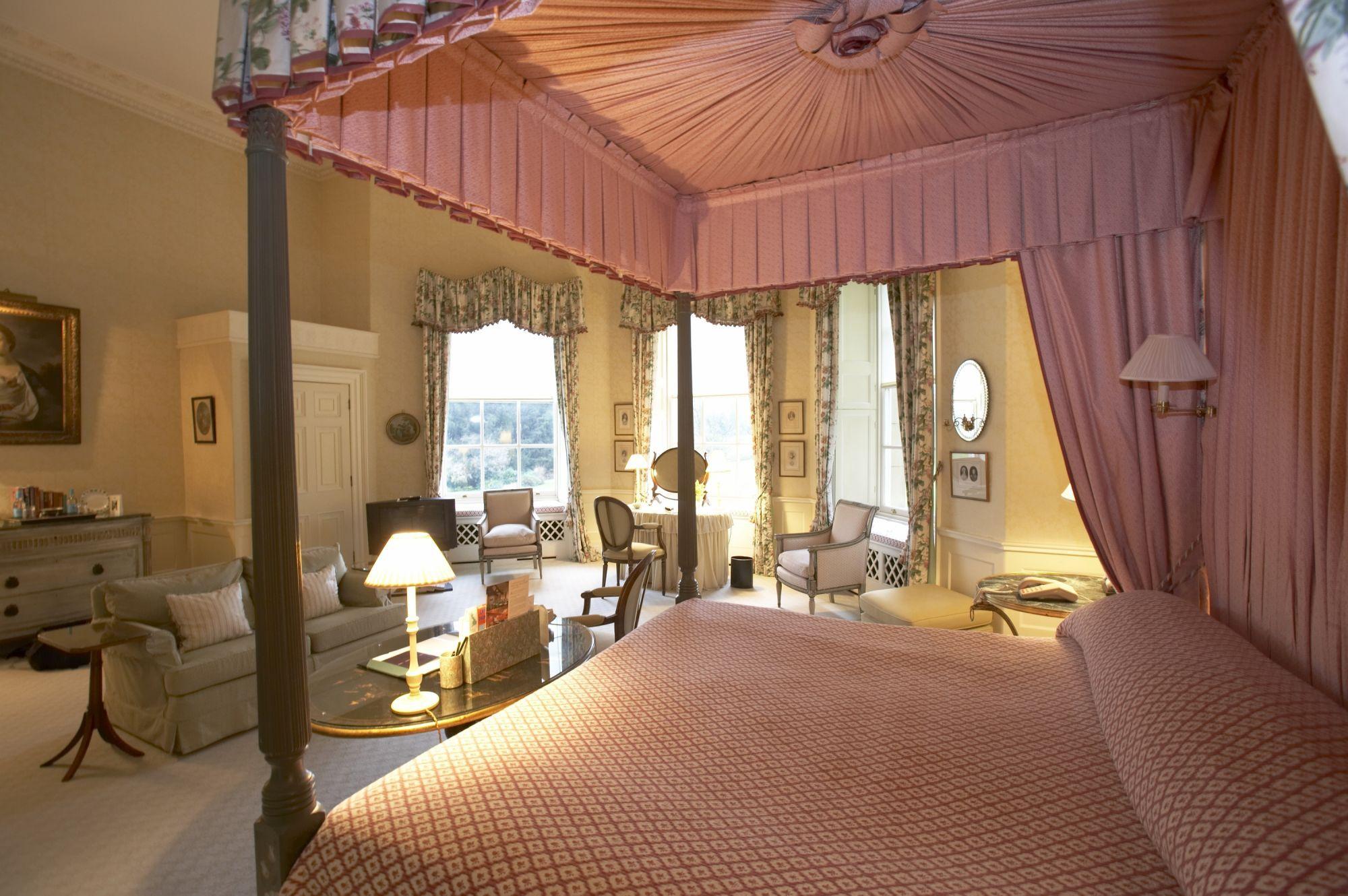 Weekend Getaway At Hartwell House Hotel Houseluxury Spa Hotelsluxury Travelhotel Spaacresouth East