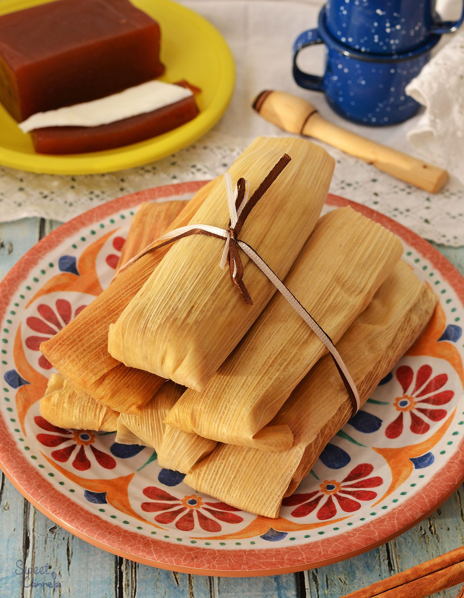 Sweet tamales with quince paste and fresh cheese are delicious, soft and fluffy. Of course the best pairing is a hot cup of atole.