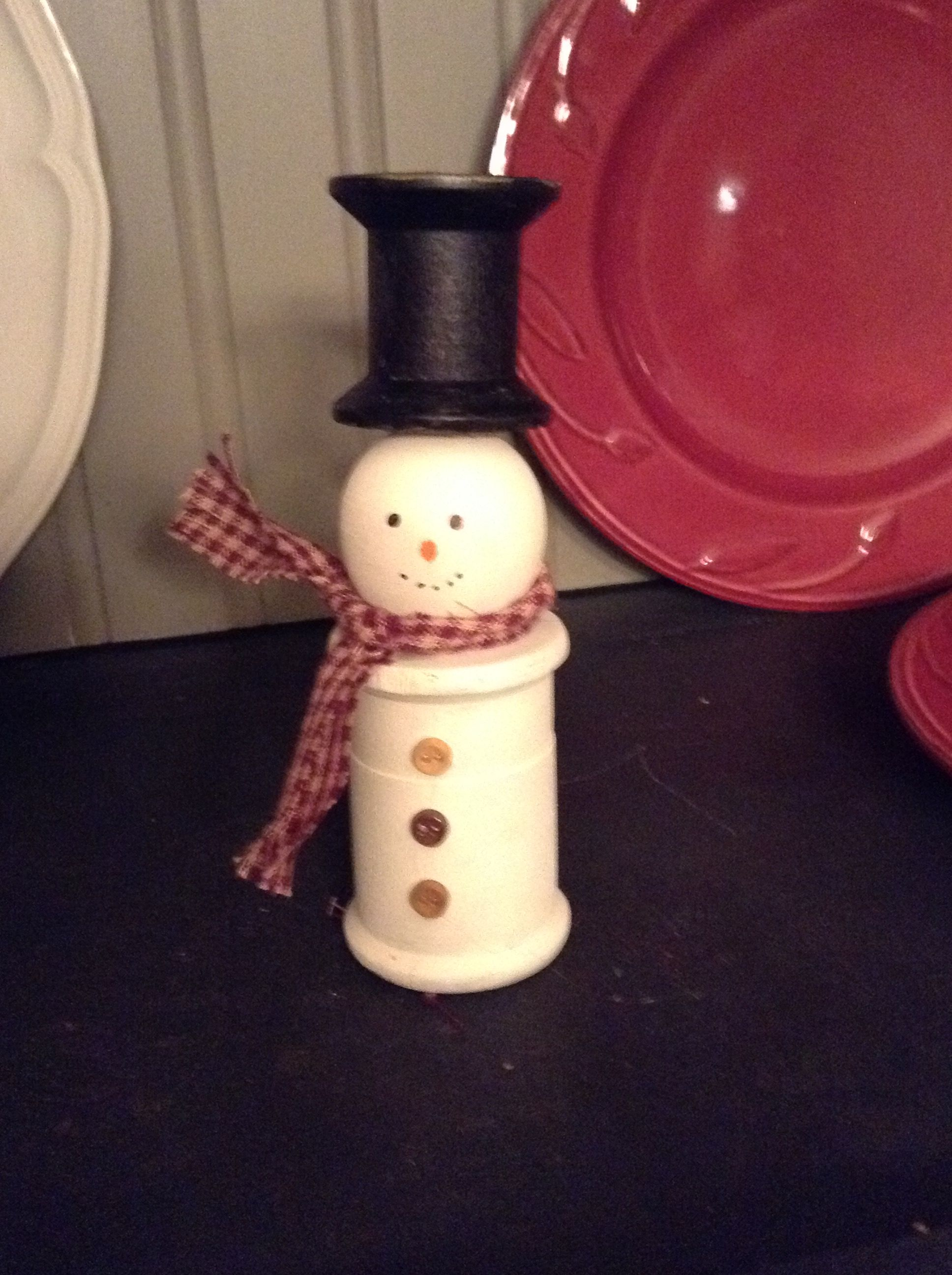 Snowman Made From Old Thread Spools Christmas Crafts Snowman Spool Crafts Wooden Spool Crafts