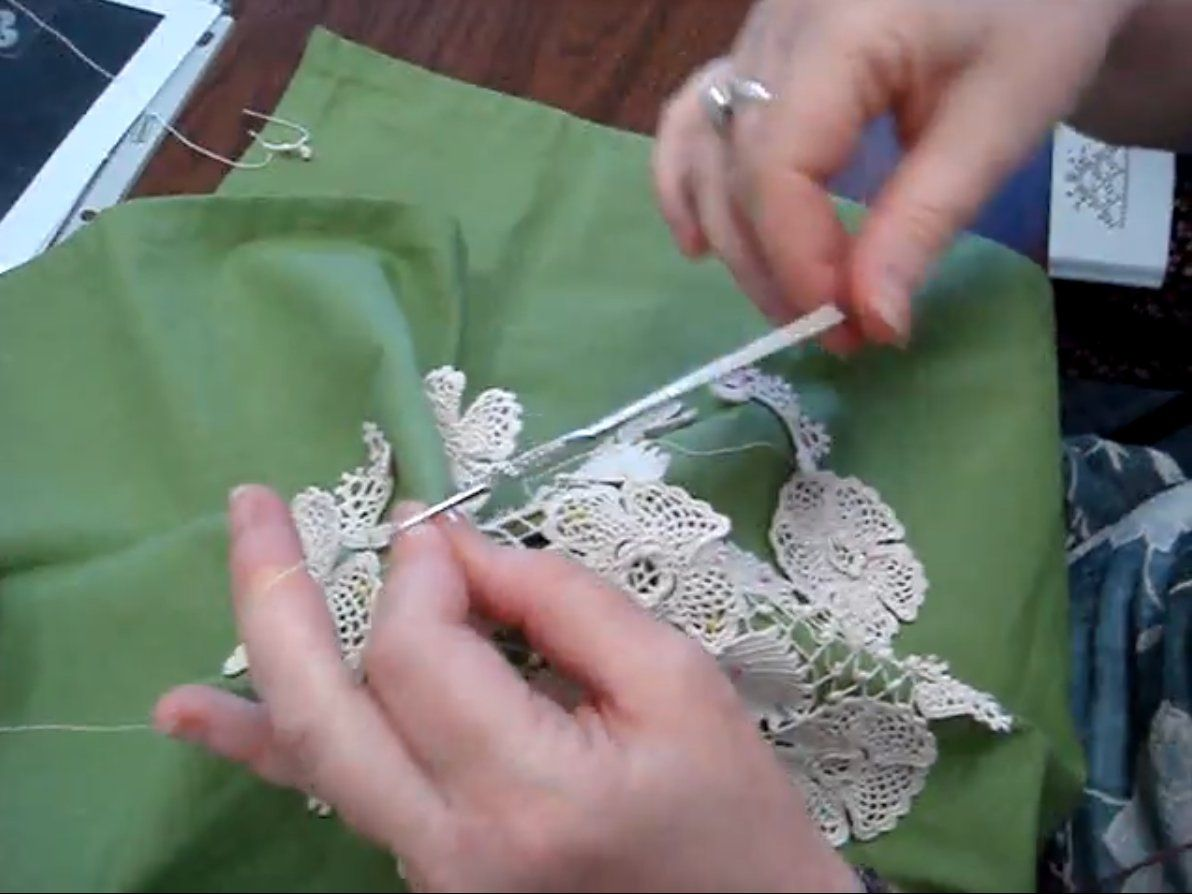 Irish Crochet: Clones knot filling stitch - I've never had a reason to crochet lace or a doily but this technique is fun to watch.