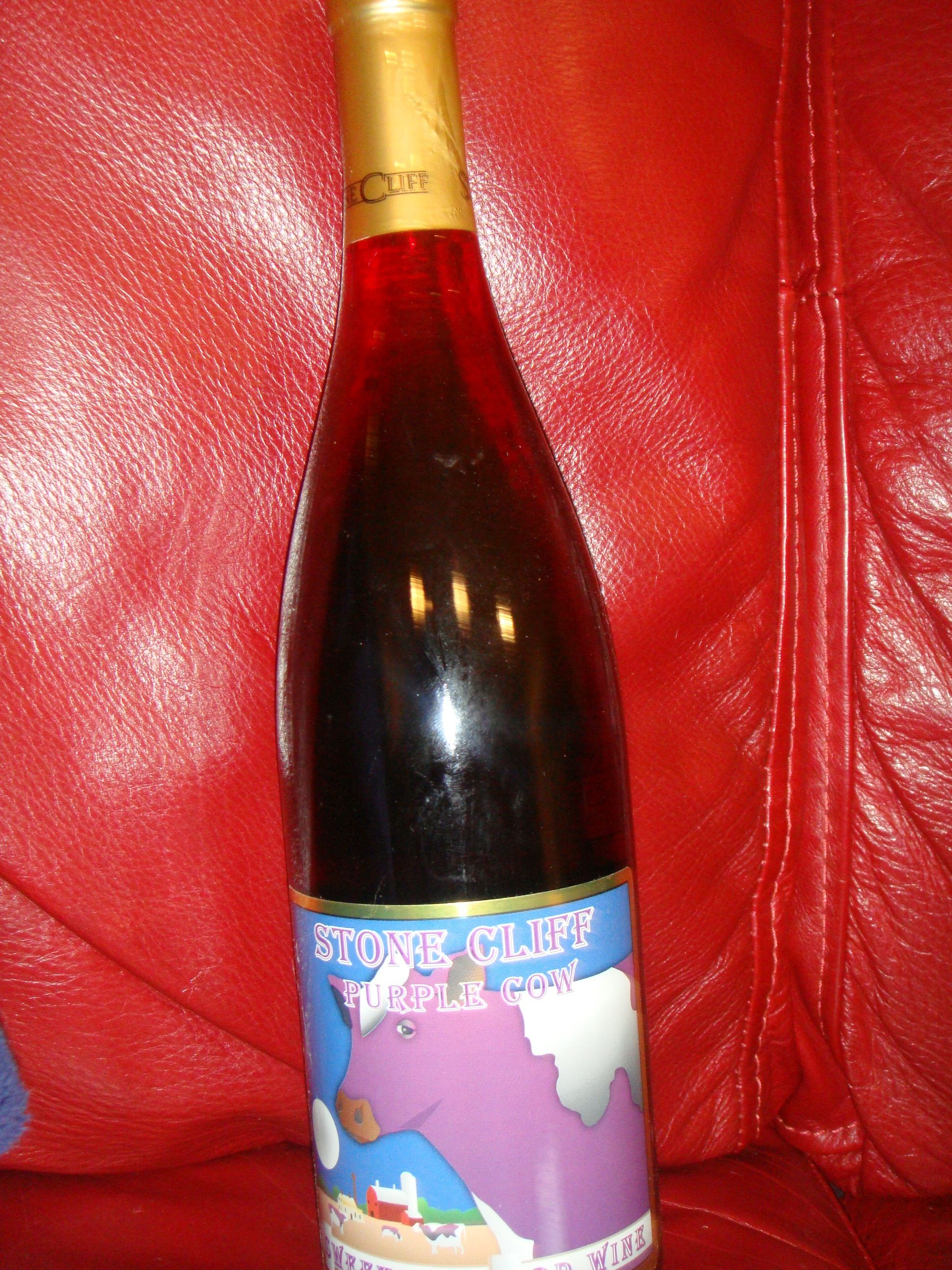 Purple Cow By Stone Cliff Winery Purple Cow Wine Bottle Wine Travel