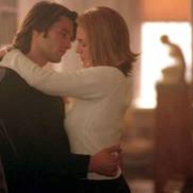 Scene From Movie Unfaithful  Olivier Martinez, Diane Lane -2237