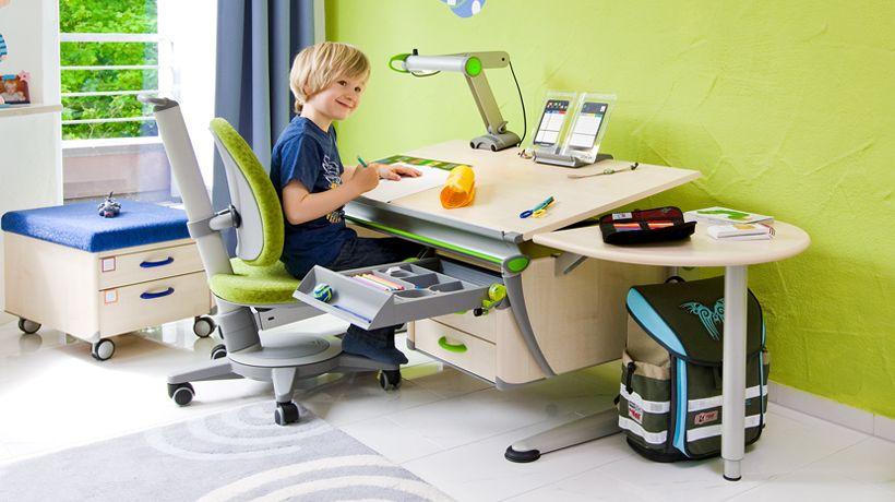 Moll Funktionsmobel Gmbh The New Maximo Chairs Kinder Schreibtisch Kinderschreibtisch Moll Schreibtisch