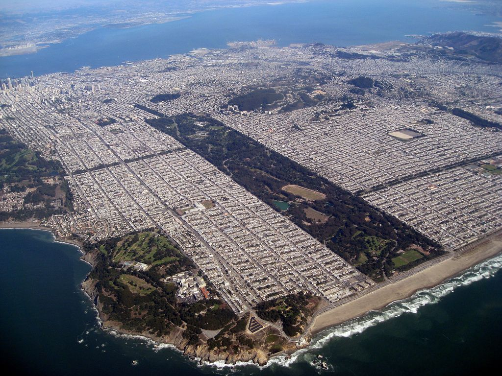 San Francisco Map Beaches%0A Golden Gate Park and S F  aerial view   San Francisco has one drawback   u