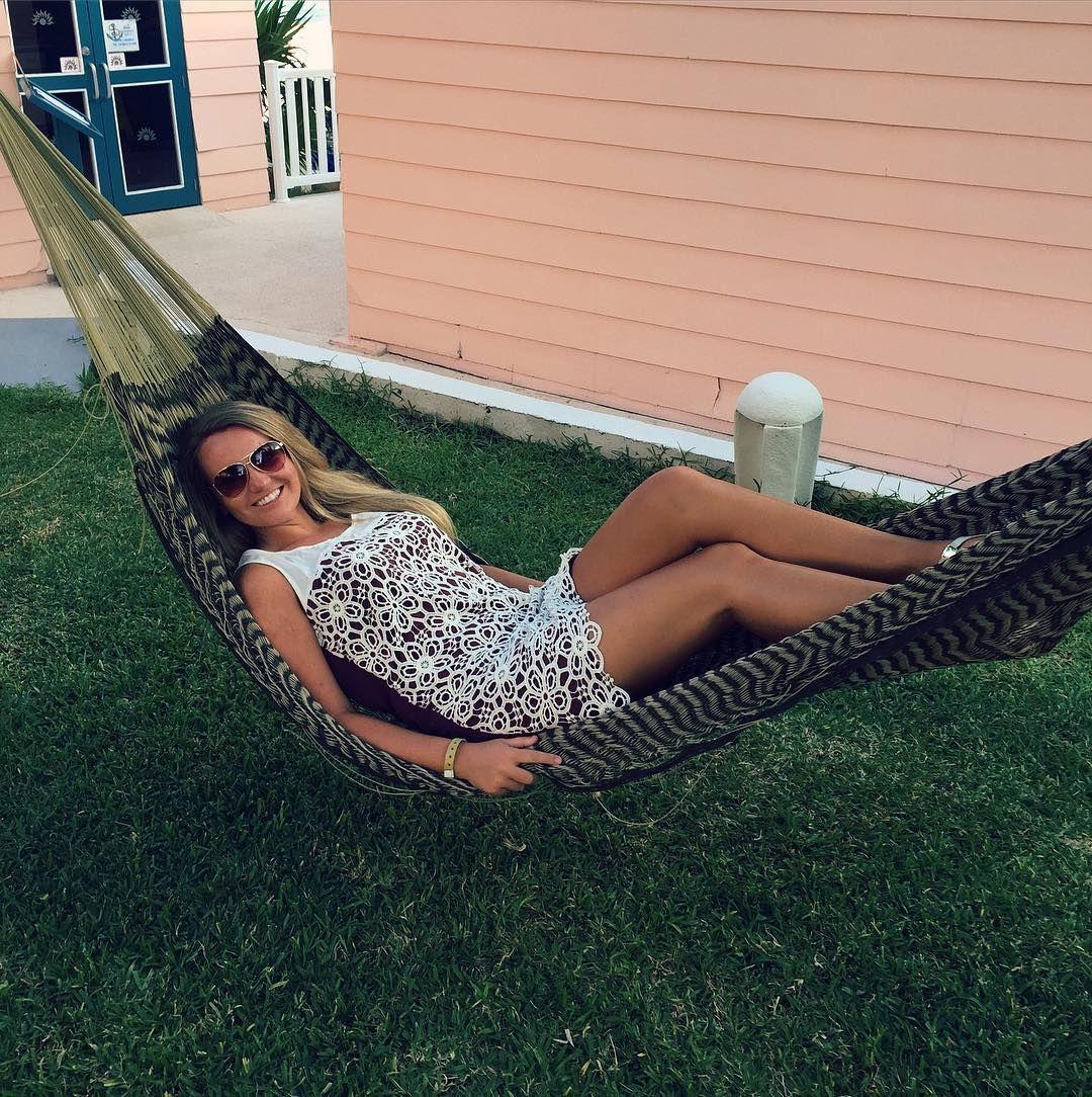 That hammock life.  #lifeisgood #hammocklife #noworries #shadesallday by @anyadmk