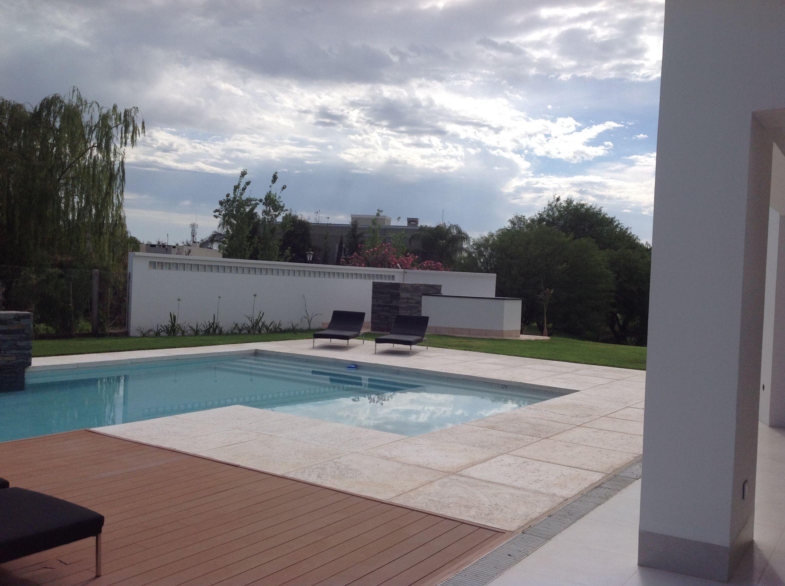 piscina + swinning pool + diseño + muro revestimiento en piedra +