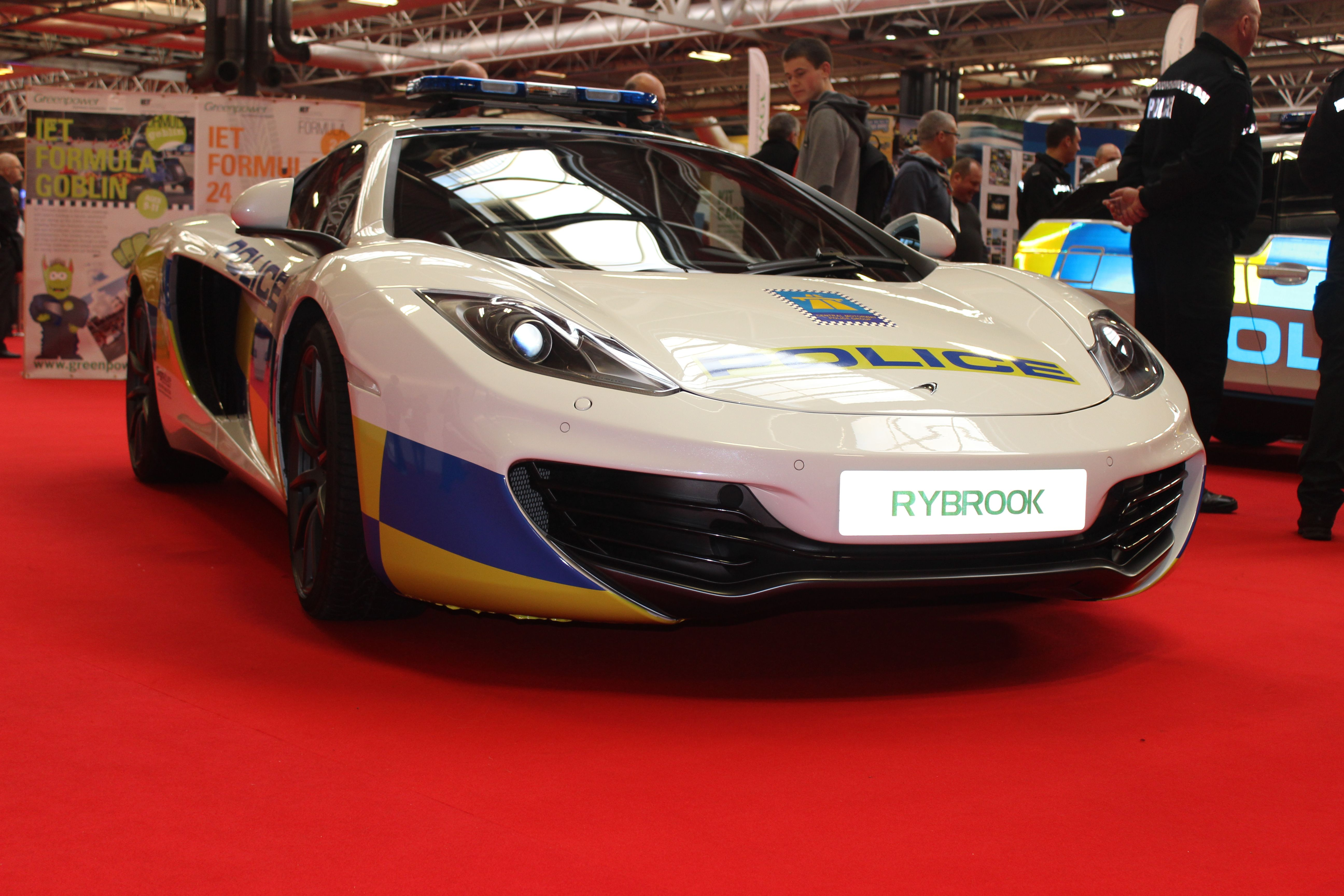 Uk Police Now Also Have Mclaren S In Their Fleet Bhp Cars Performance Supercar News Information Fleet Super Cars Mclaren