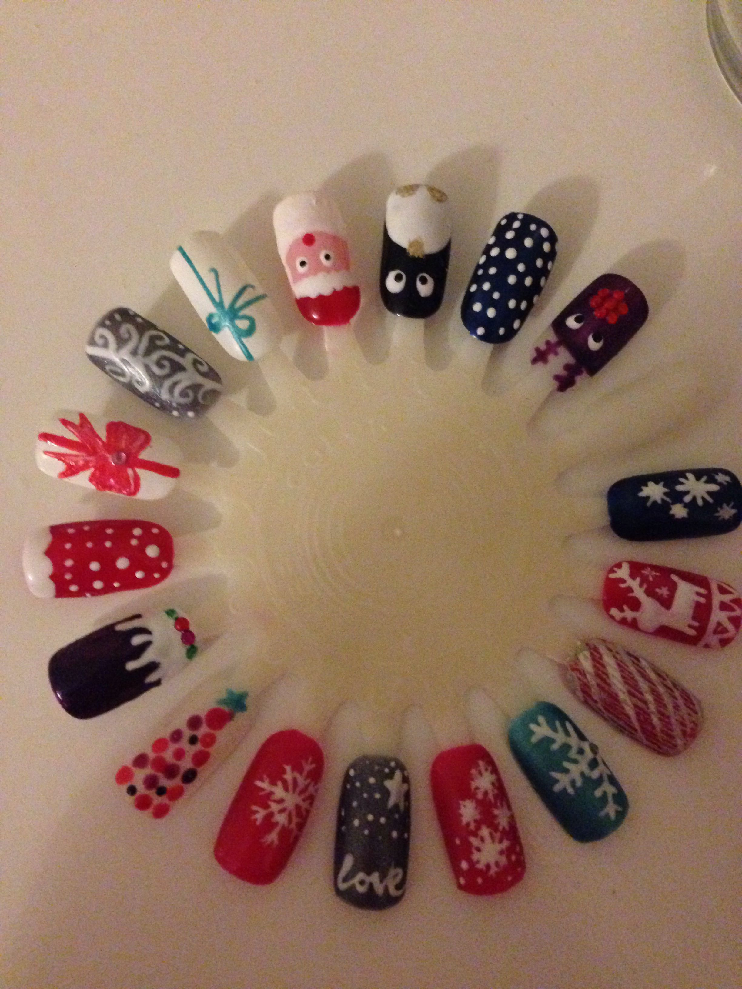 christmas gel nail art design