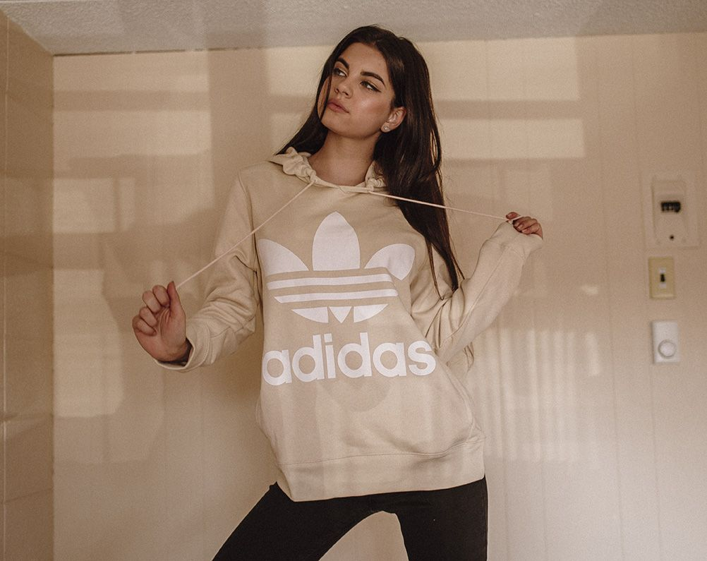 adidas pull beige