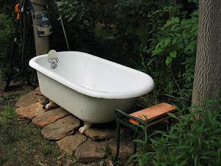 Recycled Claw Foot Tub As An Outdoor Soaking