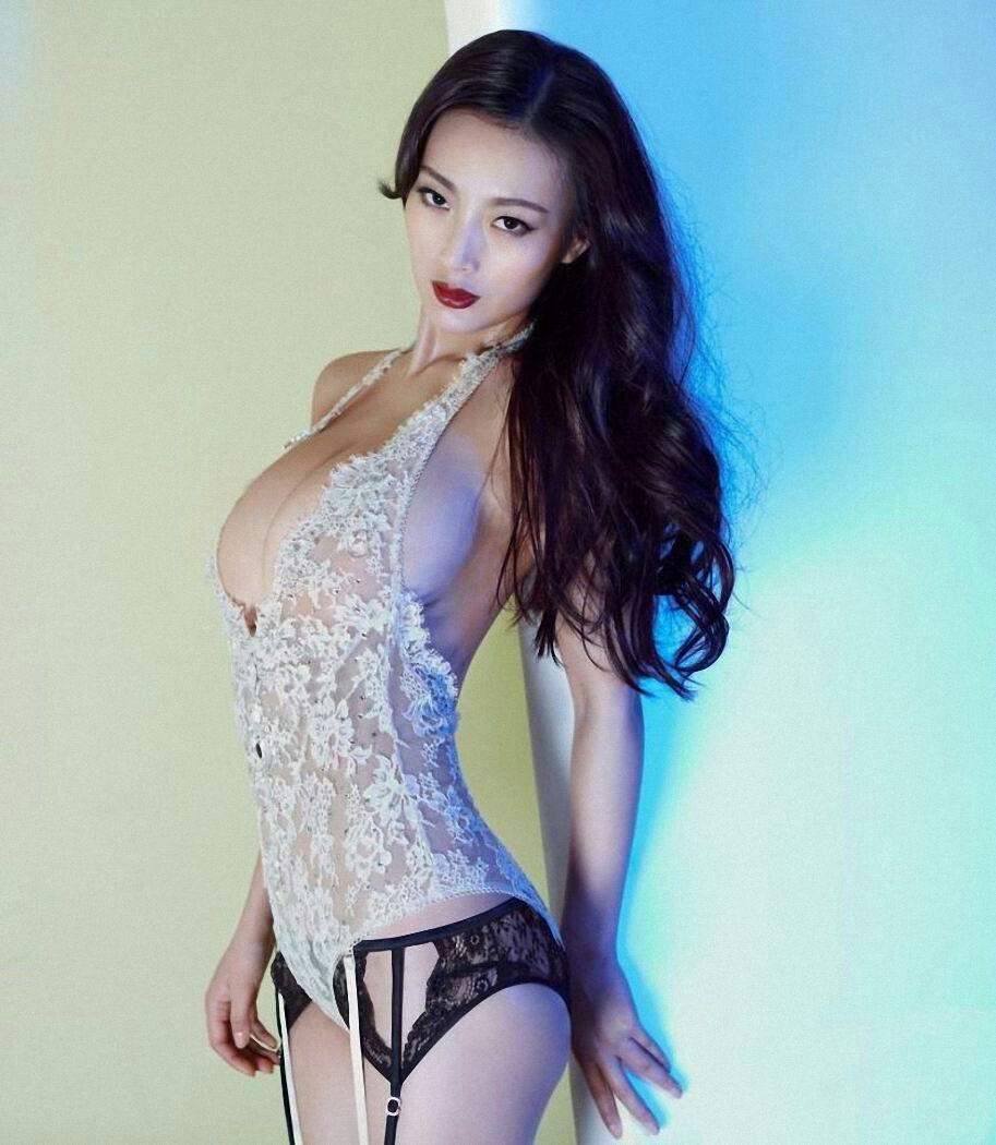 Daniella Wang Nude Photos 39
