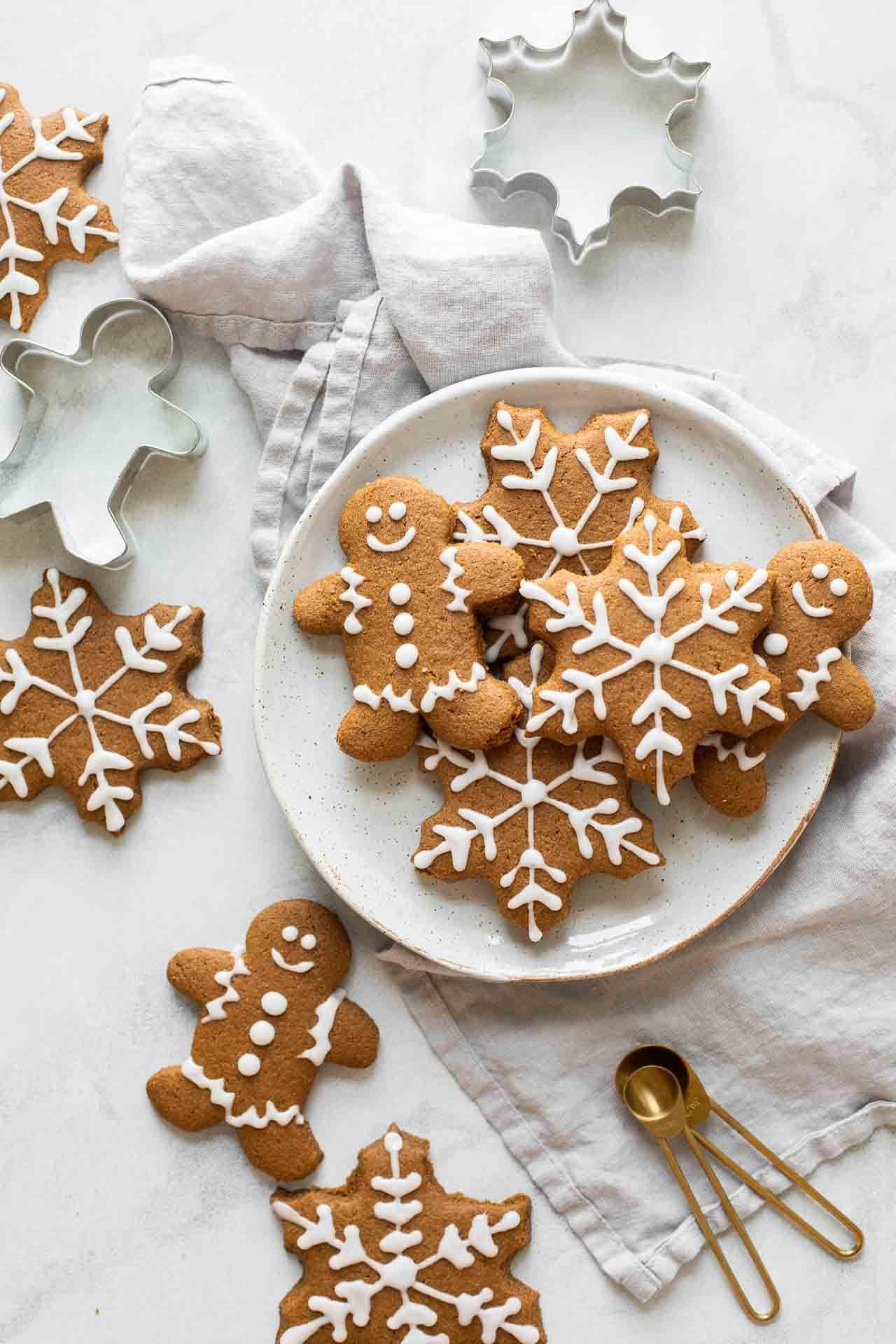 Healthy Gingerbread Cookies #gingerbreadcookies