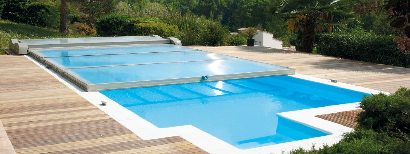 Cubierta de piscina plana motorizada cubierta piscina for Cuanto cuesta hacer una pileta de material 2016